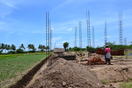 The construction of the main house starts